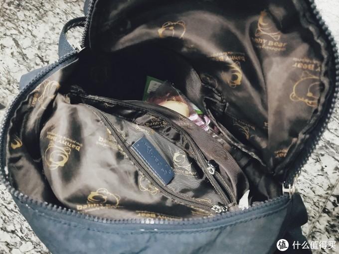 女人为什么要买那么多包,看了这个对比你就明白了!
