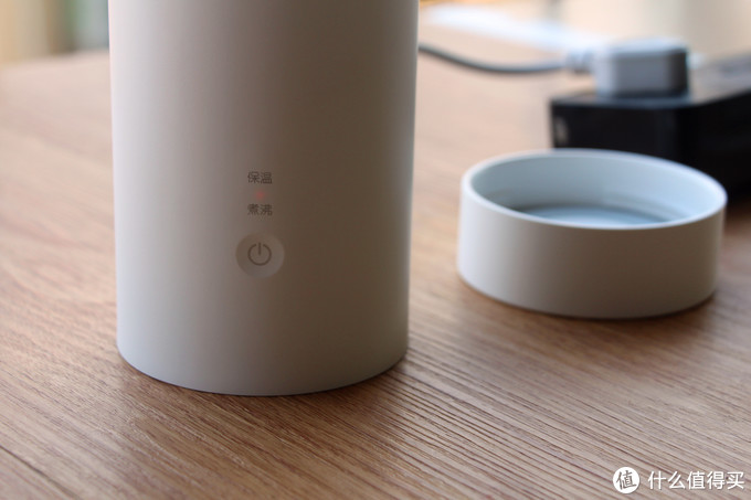 经常出差旅行,带上云米旅行电热杯,让你轻松喝上干净卫生热水