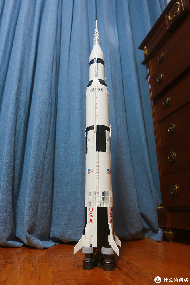 小面想去月球 -- LEGO乐高 21309 NASA APOLLO SATURN V