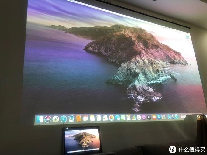 macbook屏幕无线投影到墙壁上