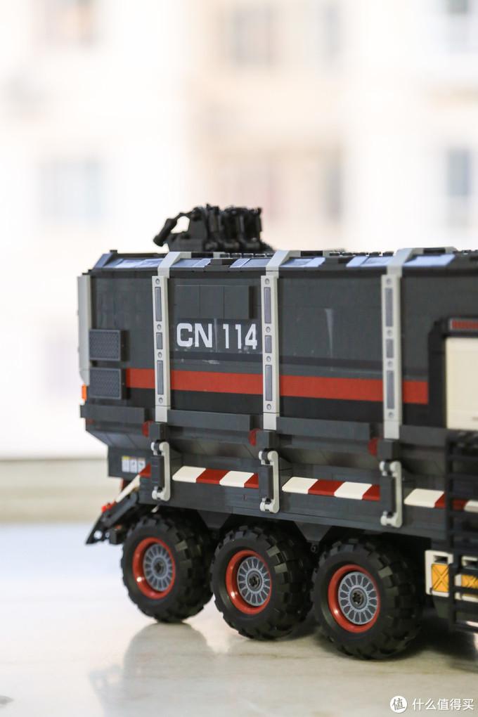 行车不规范,亲人两行泪——森宝流浪地球CN114箱式火石运输车