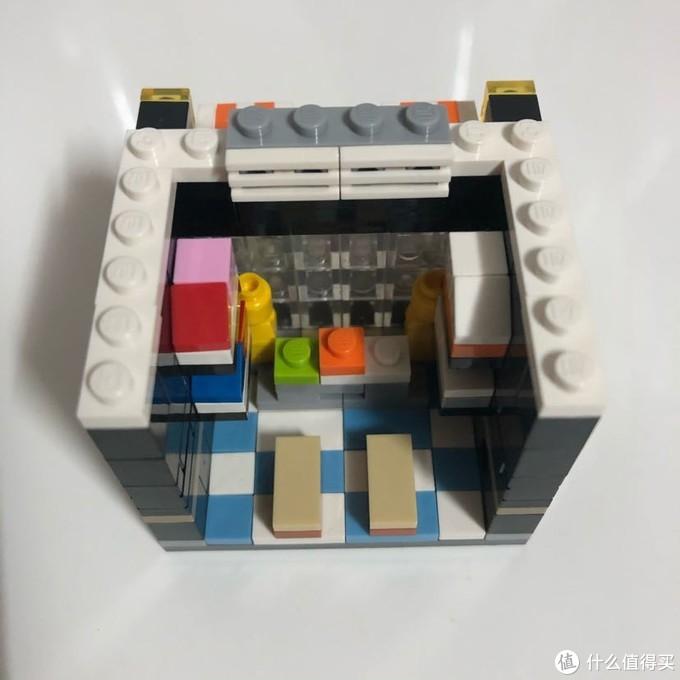 迷你街景系列又添加新成员:耐克店