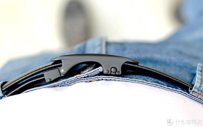 小米上架自动扣皮带:纳帕头层牛皮,79元值不值?