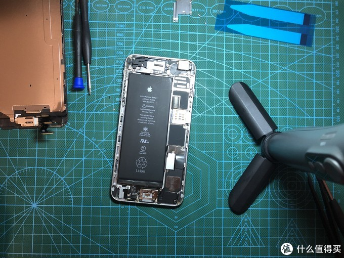 第一次拆iPhone换电池
