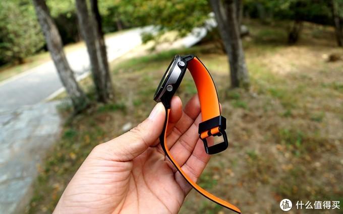 这可能是最具性价比的GPS运动手表—咕咚X3运动手表
