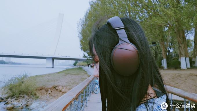 去年的松下旗舰耳机跌入千元,前方真香预警?—松下HD605N蓝牙降噪耳机