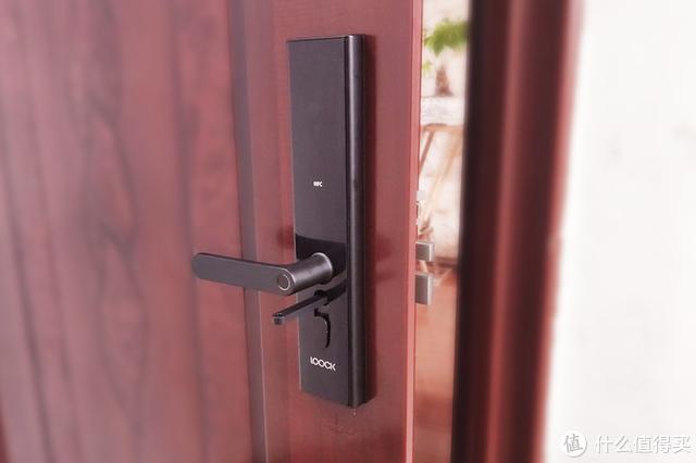 或许是最适合老人、孩子的指纹锁,鹿客Classic 2S智慧之门开启