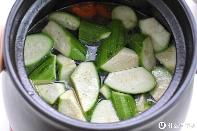 夏天就要多吃这个瓜,清凉解暑去火气,煲汤喝倍儿鲜美,真爽口!