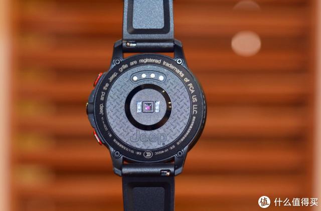 4G独立通话+专业运动监测,极具运动风的Jeep 智能手表体验测评