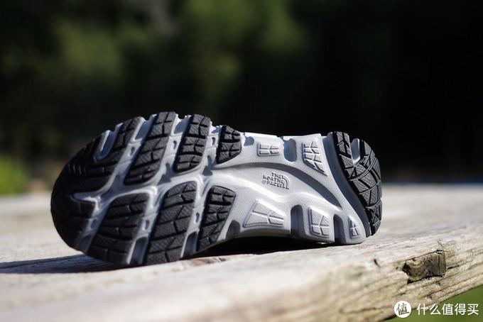 小蜈蚣正慢慢长大——11个品牌20双童鞋实穿总结排行榜