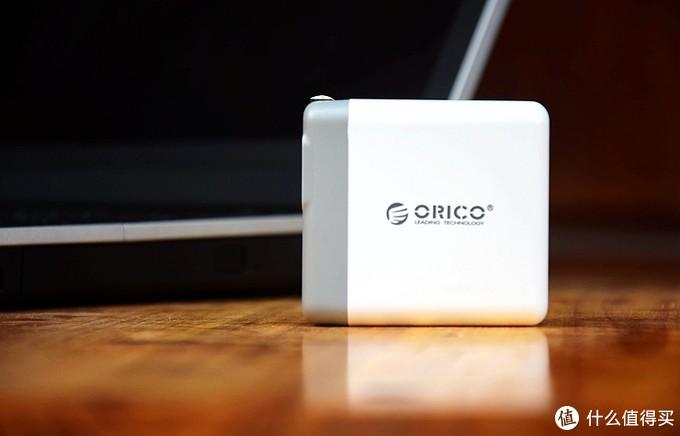 多设备充电一次性解决,ORICO 4口USB输出墙插充电器体验