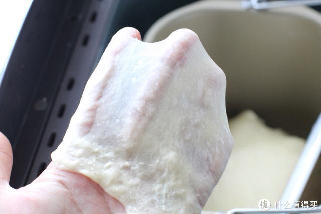 做面包加点土豆泥,色泽金黄、咸香松软,带给你不一样的味蕾体验
