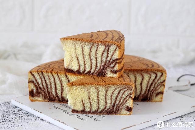 手把手教你做斑马纹戚风蛋糕,不回缩、不开裂,保证一次就能成功