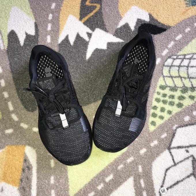 Adidas SenseBOOST GO U跑鞋