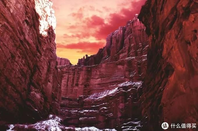 大自然的鬼斧神工——温宿大峡谷