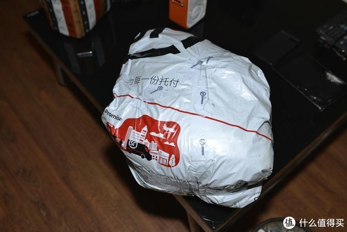 一周顺丰转到,这包装是拆纸箱后的。