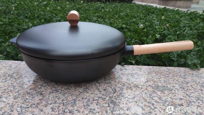精致厨房生活不仅要有好炉具还要有好锅具的加持锦上添花