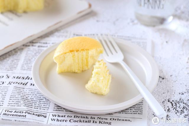 这个蛋糕不用一滴油,口感细腻轻盈,美味又低脂,下午茶必备甜点
