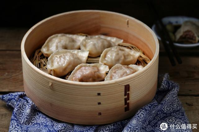 """""""贴秋膘""""就吃这个肉,做成蒸饺鲜嫩又多汁"""