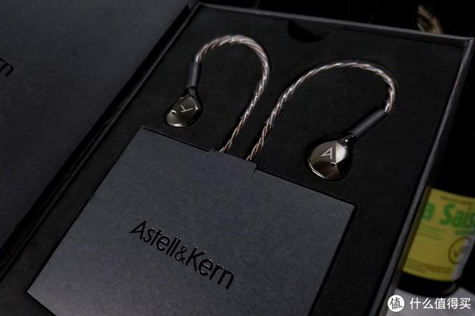 真正的旗舰级动圈耳塞应该是什么样?——Astell&Kern T9iE