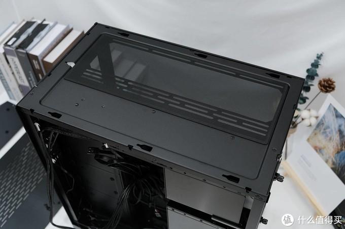 信仰之作:LIANLI 包豪斯-O11 ROG联名版主题装机