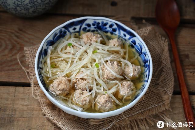 它被人们誉为小人参,煮成汤营养丰富易消化,是秋季食补佳品