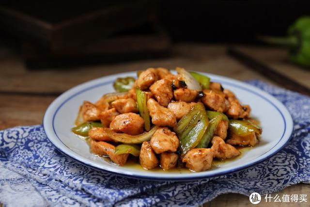 肉类中属它最便宜,高蛋白低脂肪,这样一炒口感微辣鲜嫩,太下饭
