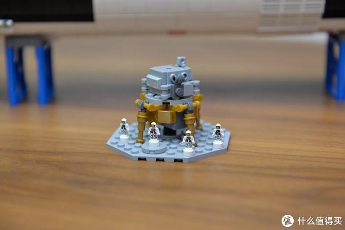 值得一看,动图看拼装 !乐高 21309 土星5号运载火箭 拼装全纪录!