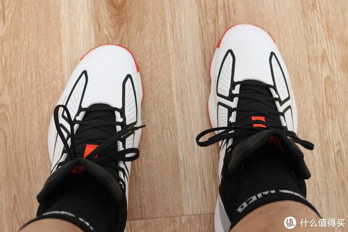 阿迪达斯ADIDAS 德里克·罗斯第10代签名篮球鞋 F36778