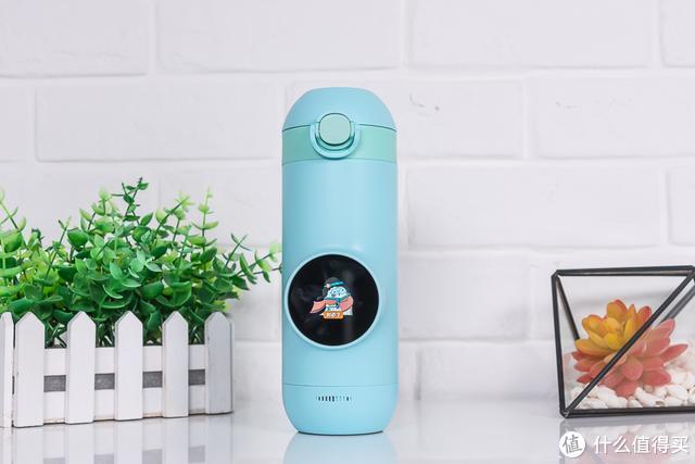 Gululu Q智能语音水杯评测:让孩子爱上喝水的妙招
