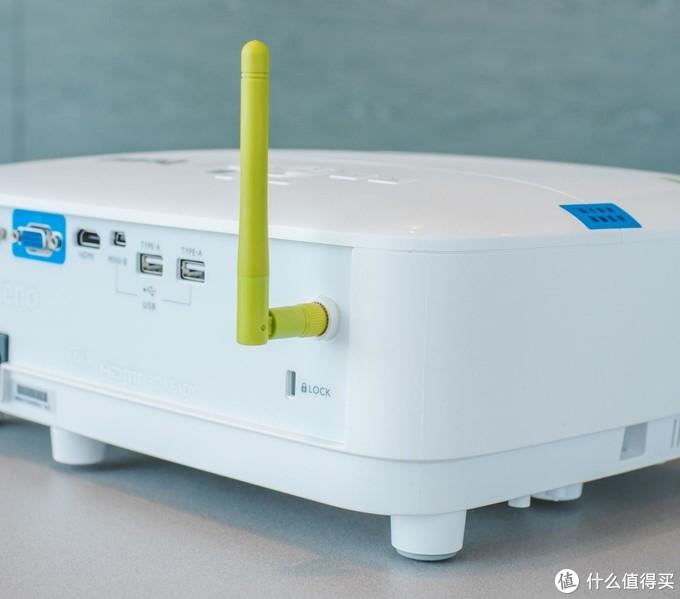 为什么你买了投影仪就后悔?可能是你选错了投影仪—明基E580T智能投影机