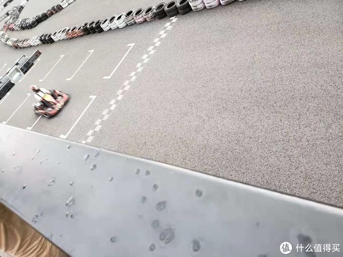 小组赛后段,下雨