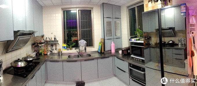 上月刚重新装修了厨房