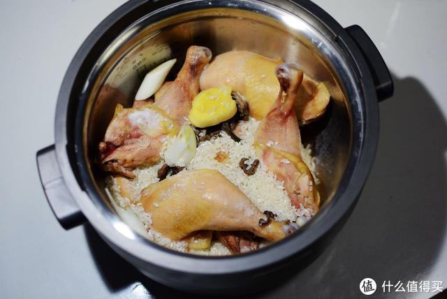 更符合清淡饮食的习惯:入手九阳无涂层蒸汽饭煲,轻松做美味