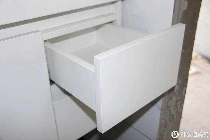 浴室柜怎么选?装修新手告诉你3点:材质好,储物多,价格低