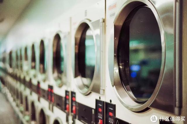 一台干衣机解放阳台和你!真实感受告诉你使用西屋双频热泵干衣机是怎样的体验!