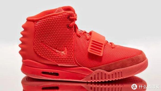 直面Nike,Yeezy颜值排行大比拼!侃爷旗下最受欢迎TOP3竟是…