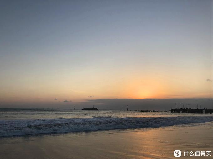 独行巴厘岛之三---情人崖的海浪会唱歌,金巴兰的夕阳会跳舞