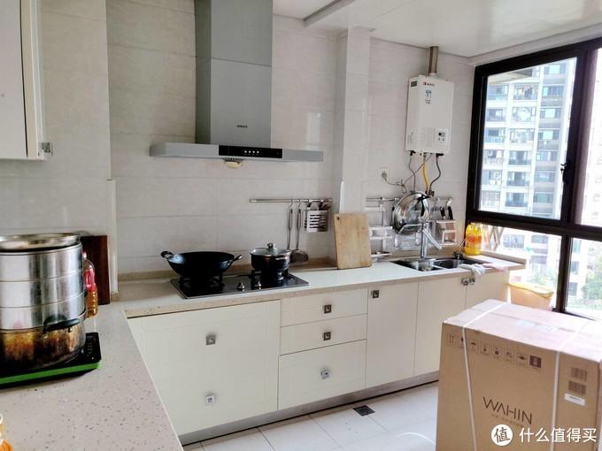 如何挑选一台性价比出色的洗碗机?看看我的选择---美的华凌VIE6洗碗机