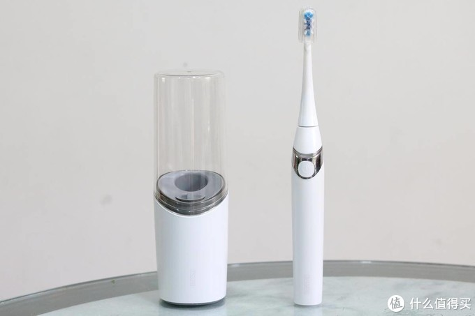 电动牙刷也带烘干杀菌,这扉乐F1也太会玩了