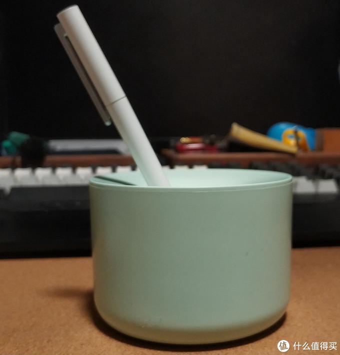 它可以是一个笔筒
