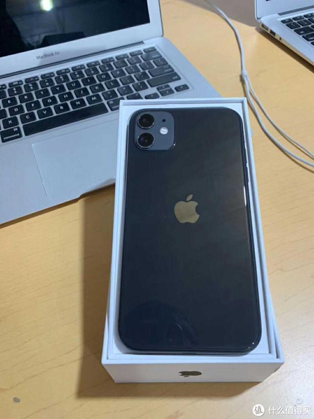 卖掉用了2年的iPhone X,贴钱换了iPhone 11,并没感到很香