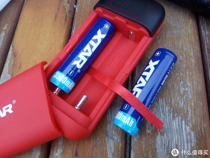 户外充电好助手,爱克斯达XTAR充电器体验