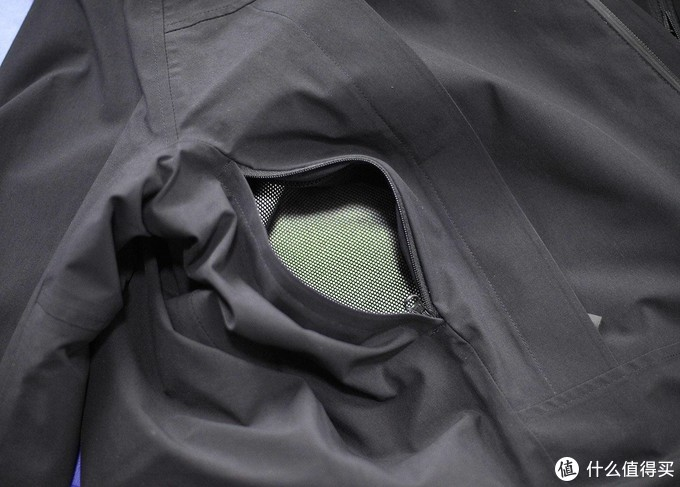 今年冬季最值得买的冲锋衣——早风三合一冲锋衣试穿体验