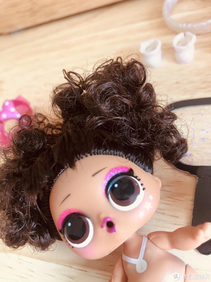 大人也能玩的小娃娃--lol惊喜娃娃