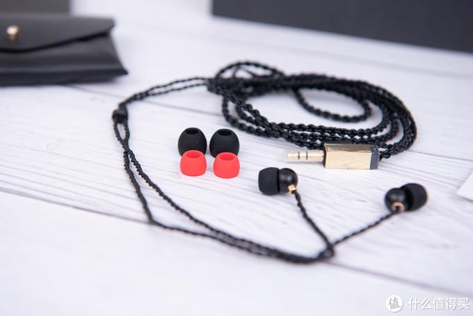 专为女性打造:巫潘多拉女性耳机