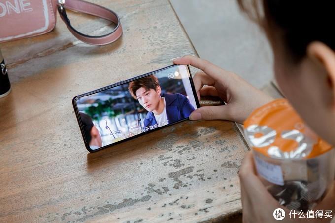 给女友买的新手机:realme X2 Pro!我一个米粉都被种草了