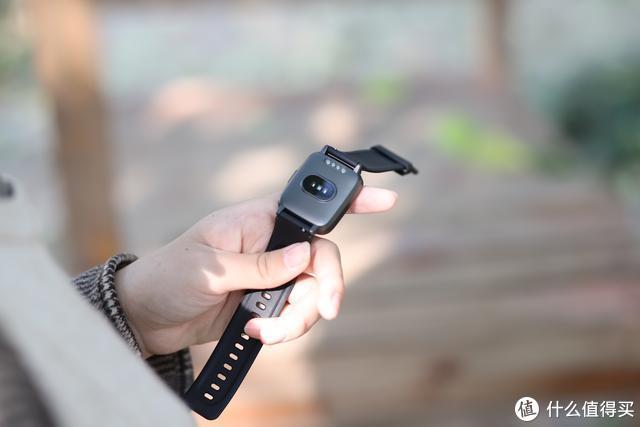 比小米还性价比,百元的Haylou智能手表,多种功能一体