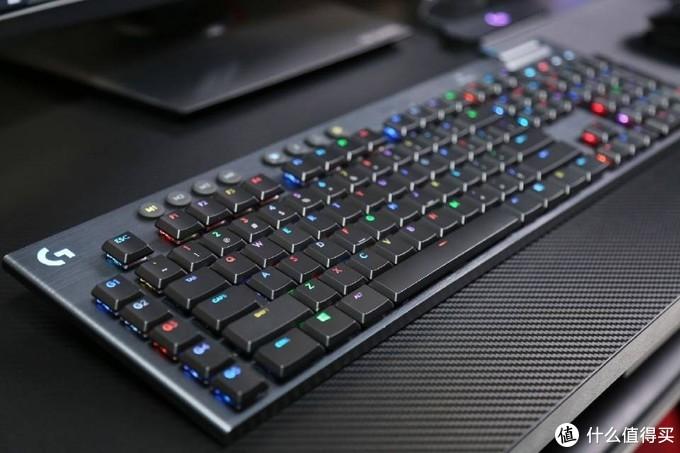 每个按键皆可RGB