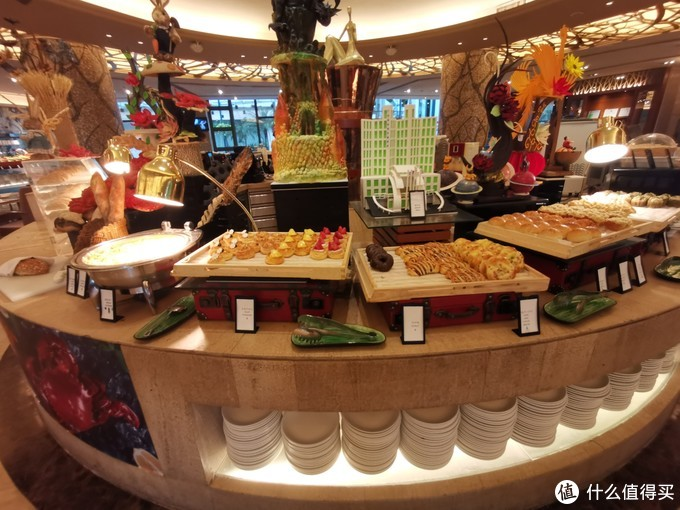热情的服务来弥补硬件的不足——广州翡翠希尔顿酒店入住体验